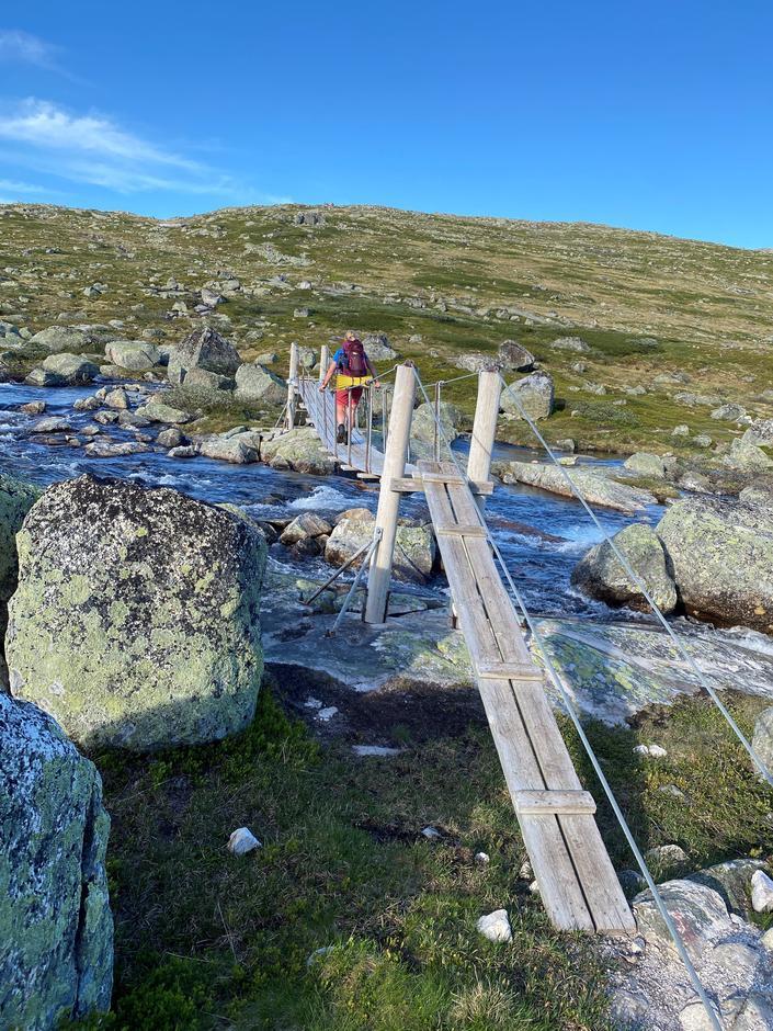 Alle bruene er på plass på ruta mellom Finse og Krækkja.