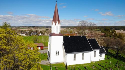 Kråkstad kirke