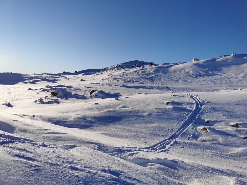 Meir snø der vinden ikkje har kome til, men varierande såle pr. 3. februar