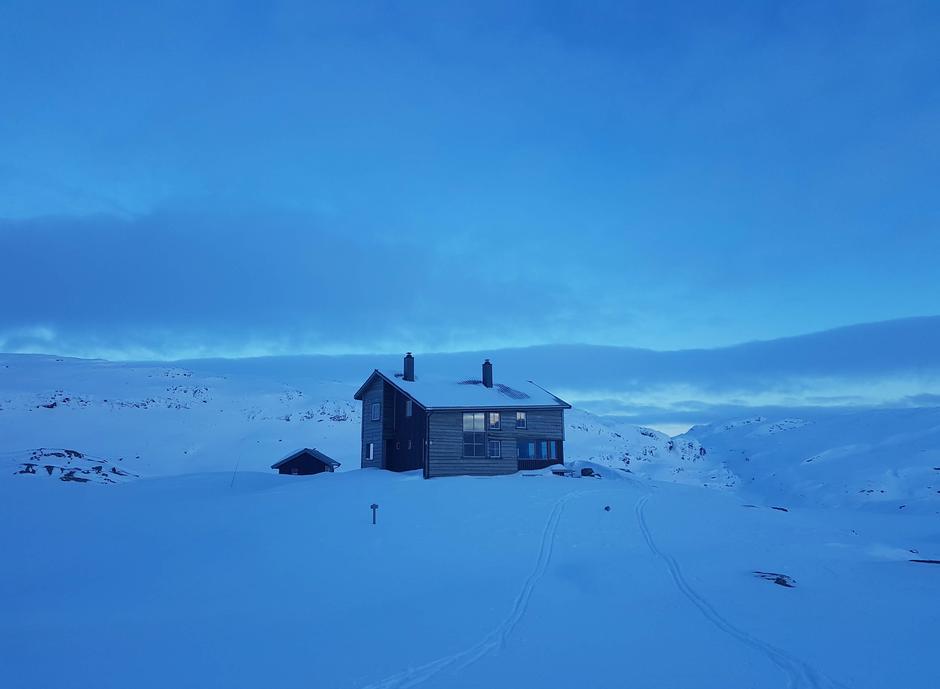 Tirsdag 16.3: Gullhorgabu i Bergsdalen. Supert skiføre.