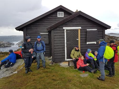 Seniorturen til Dethloff-hytta i Øygarden 4. oktober.