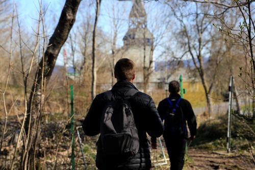 Kyrkjevegen, Stranda - Sund kyrkje
