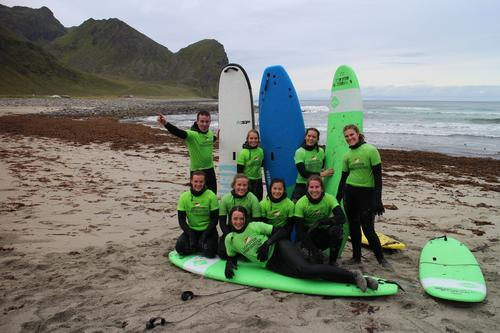 Bilde tatt surfetur til Unstad i september 2019 med DNT ung Troms