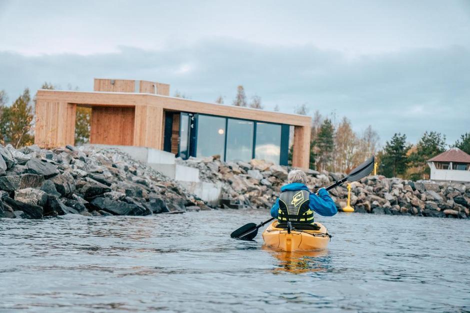 TILGJENGELIG: Ved Friluftshuset i Fredevika ønsker vi å gjøre Mjøsa mer tilgjengelig for friluftsliv.