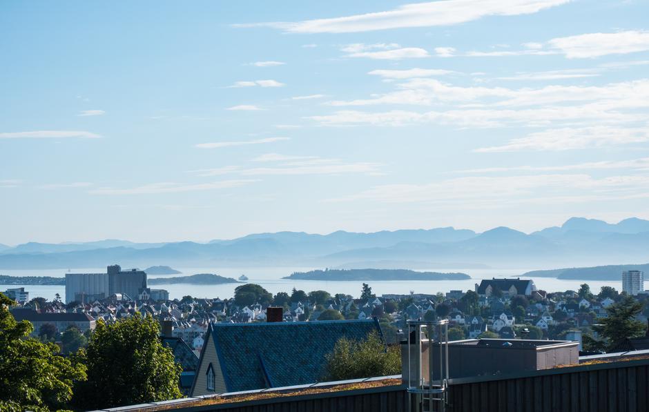 VIDSYN: Storslått utsikt fra Vålandstårnet i retning Ryfylke.