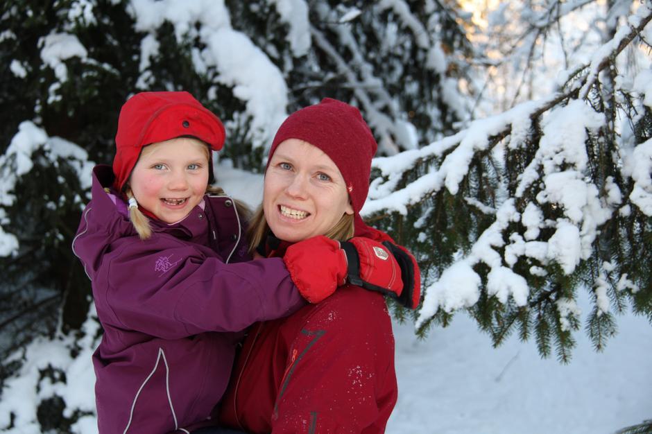 """""""Utejenter"""" Elisabeth Lau-Henriksen med datter Dina"""