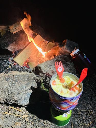 Middag ved bålet :)