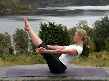 Yoga  på Preikestolen fjellstue høsten 2012