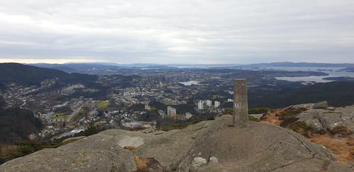 Varden på Olsokfjellet og Fyllingsdalen.