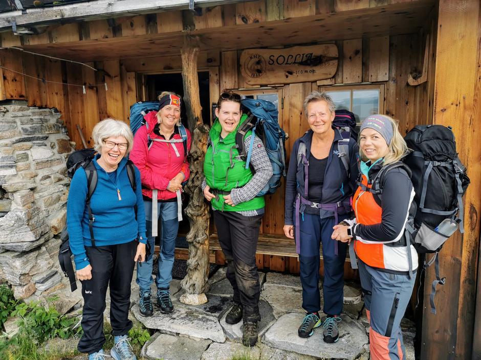 Turgruppen klar til avmarsj fra Sollia i Vinjefjorden