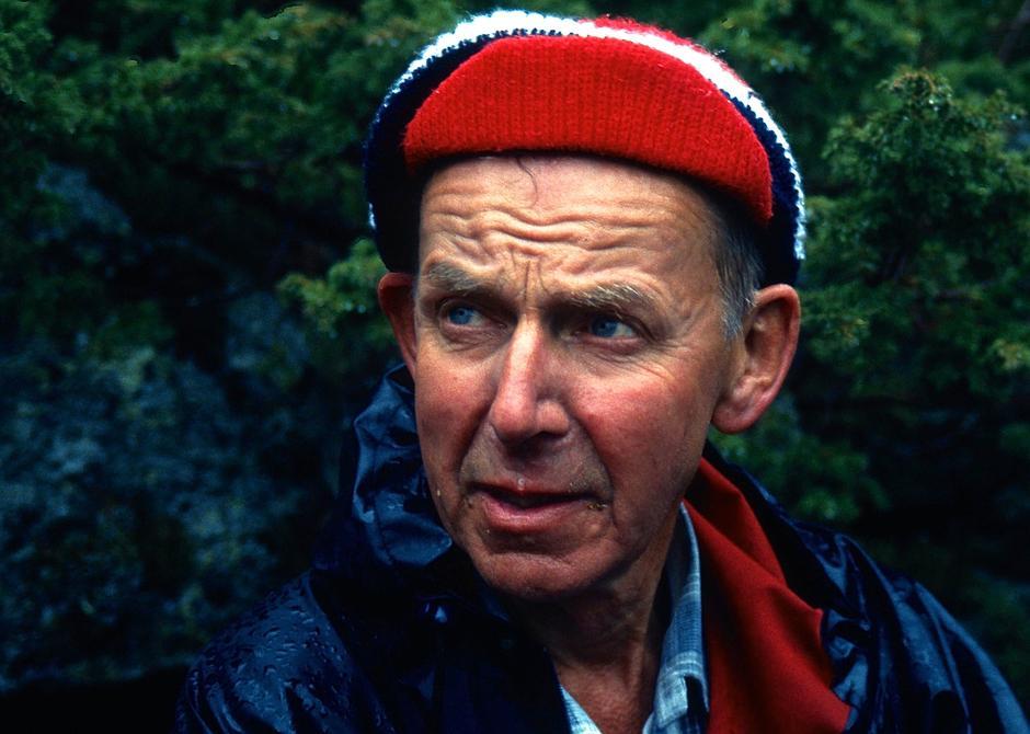 Rolv Egelandsdal på befaring i Hjelmeland 1991.