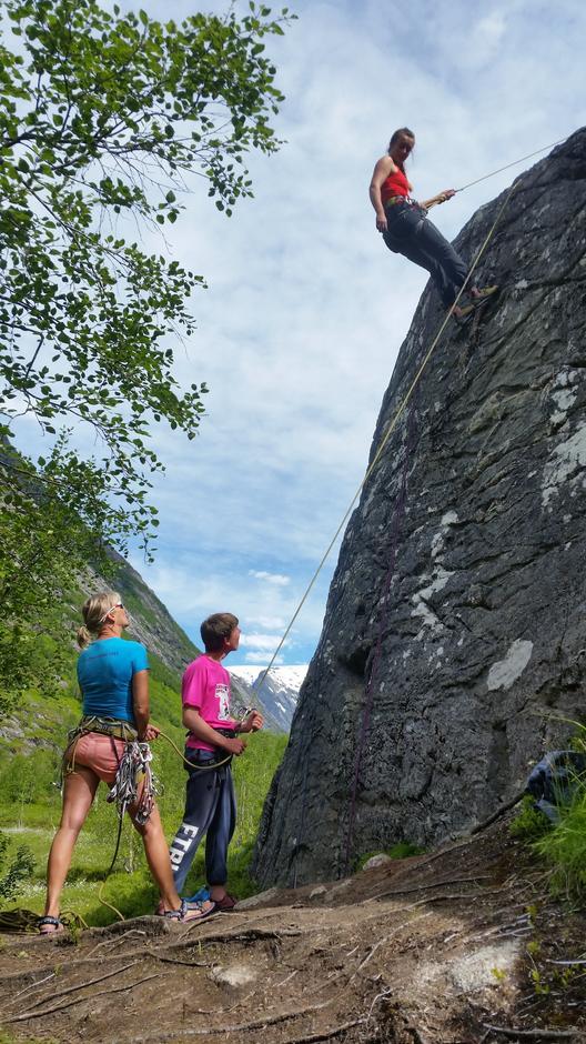 Og klatring i berg fekk alle prøve onsdag og torsdag.