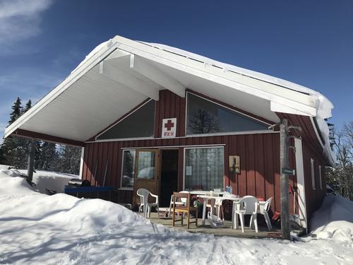 Røde Kors-hytta - 811 moh
