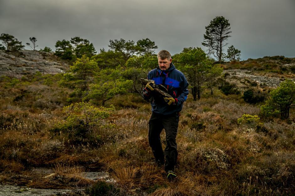 Alf Inge Jenssen tar noen kilo i vardeløft.