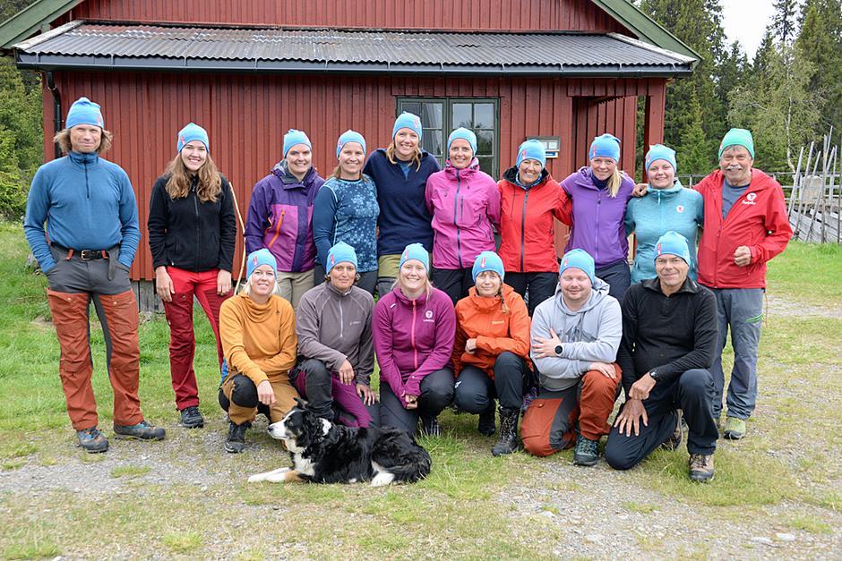 Deltagerne på grunnleggende turlederkurs i regi av HHT i juni 2019.