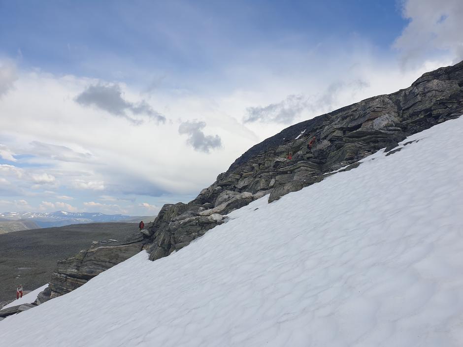 Fortsatt kjenning med snøen i fjellet