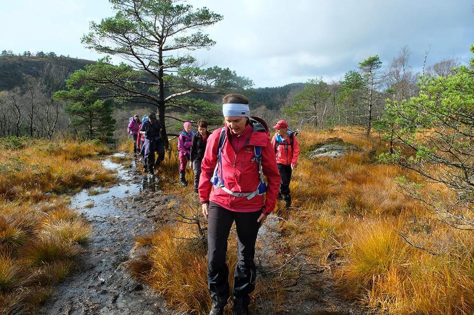 Selv vår erfarne turleder Odd Inge Worsøe kan ikke huske sist det var så vått i terrenget.