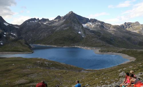 Stokkfonntinden og Sunnavindsnipa fra Riksemdalen