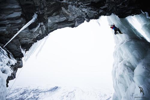 Opp iskatedralen på Dovre