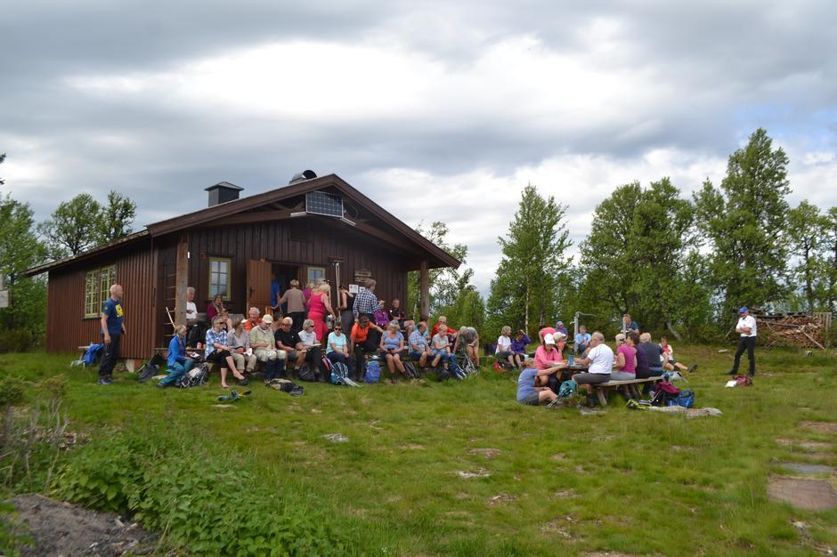 Fjellmarsjen 2019 ble avsluttet på Vetåbua