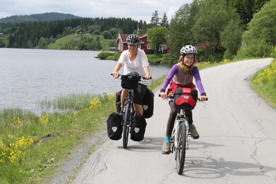 Lett tilgjengelig: Med toget kommer du raskt ut i Nordmarka og kan sykle hjem igjen.