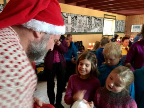 Julenissen fikk vikar på Rollonhytta