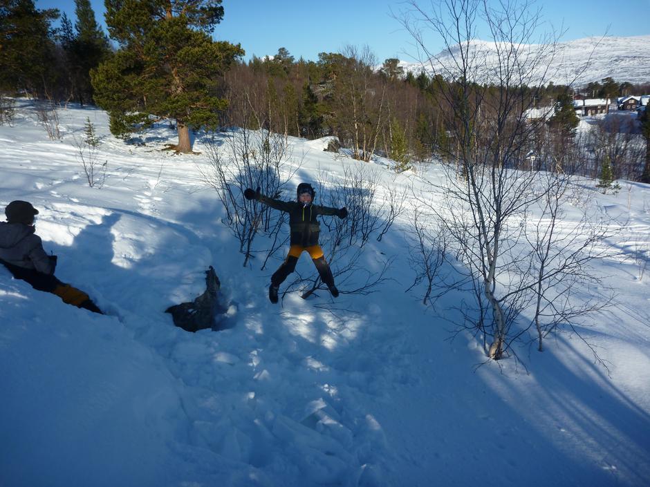 Hoppende glad på vinterleir!