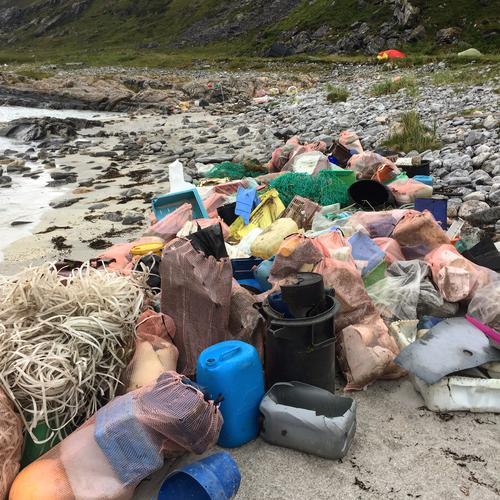 Bli med på søppelaksjon til Bastafjorden!