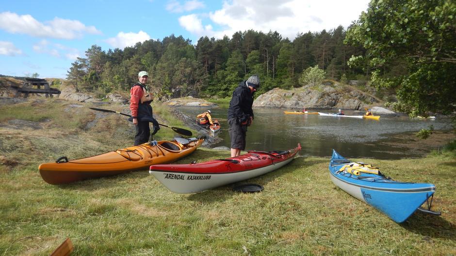 Rune og Erik gjør seg klare for avgang fra Skarsholmen.
