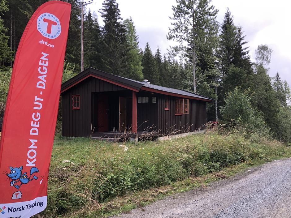 Velkommen til åpning av den nye hytta Fiskelaushytta på Kom Deg Ut-dagen.