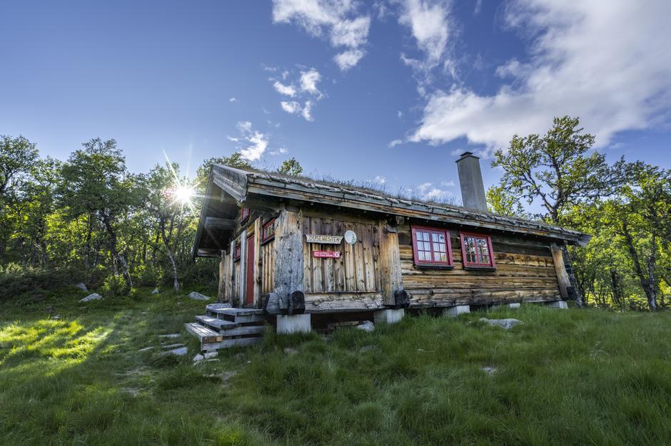 Dusehesten er en av de 28 hyttene Sindre var innom på veien til Vinjerock.