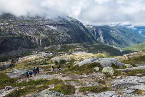 """Ned """"svabergene"""" mot Kinsarvik"""