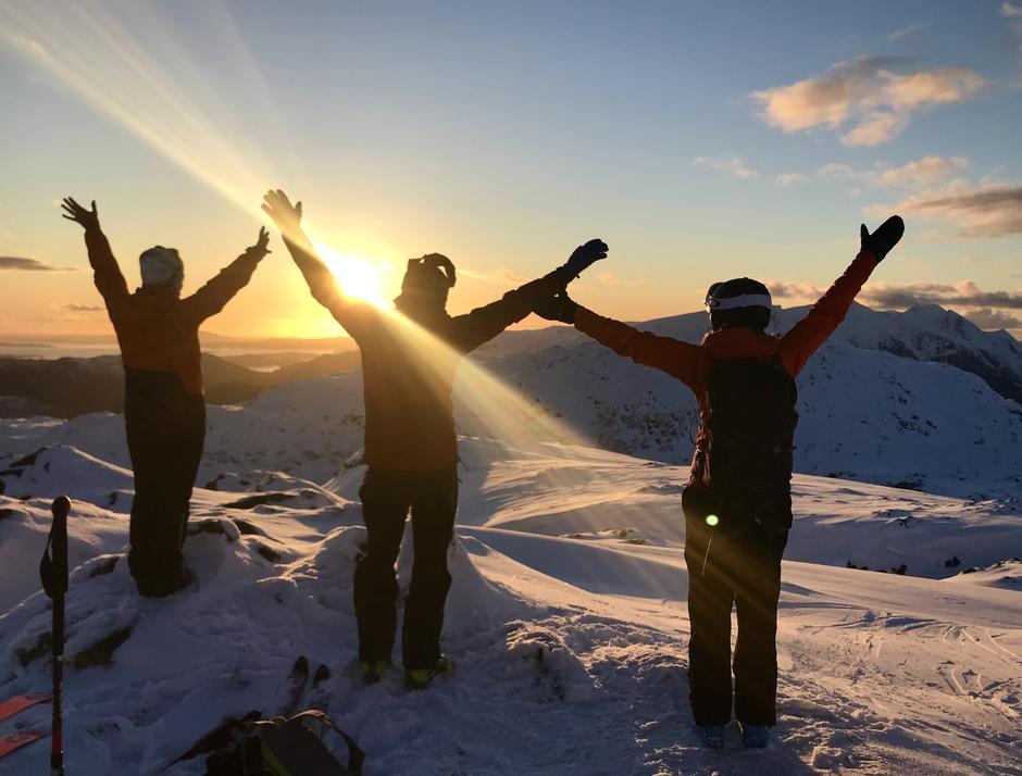 Ingahogg, 965 moh,  er eit av turmåla i Kvinnherad Fjelltrim og kan nåast på ski frå Fjellhaugen.