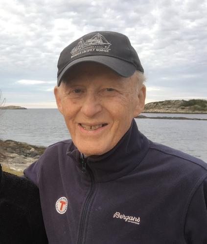 Æresmedlem Carl A Boe er gått bort