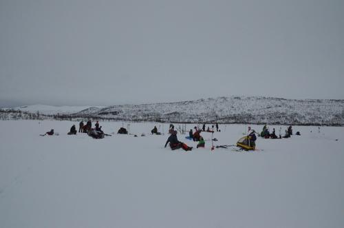 Barnas Turlag på isfiske