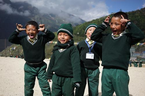 Skolebarn i Nepal.