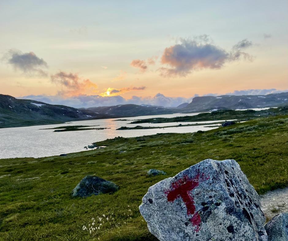 Vakker solnedgang ved Krækkja