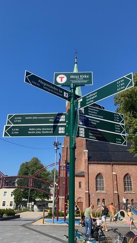 Turskilt og oversiktskart fra Moss sentrum