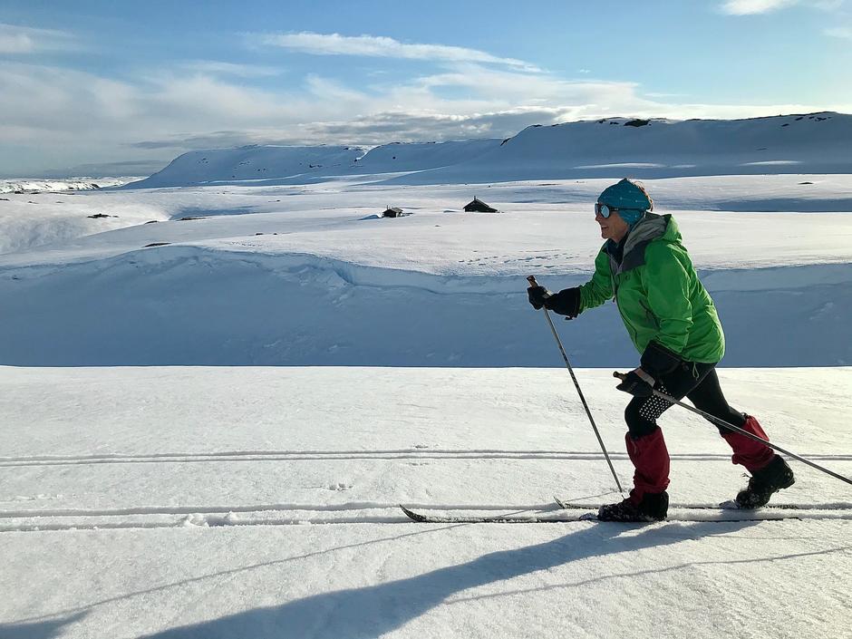 Mye snø enda på Melands Grønahei.