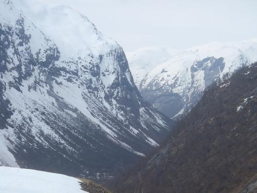 Oppover Stølsdalen fra Steinsland.