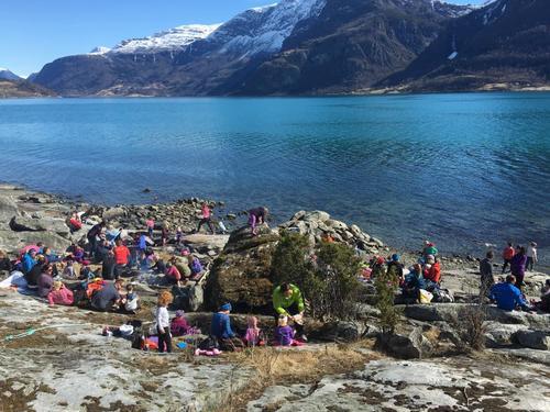 Vellukka vårtur på Nes med Barnas Turlag