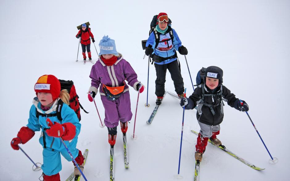 Skitur med barna går som en lek med riktig utstyr!
