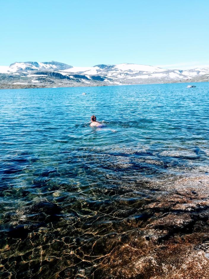 15 grader i badevannet er ikke så ille på fjellet!