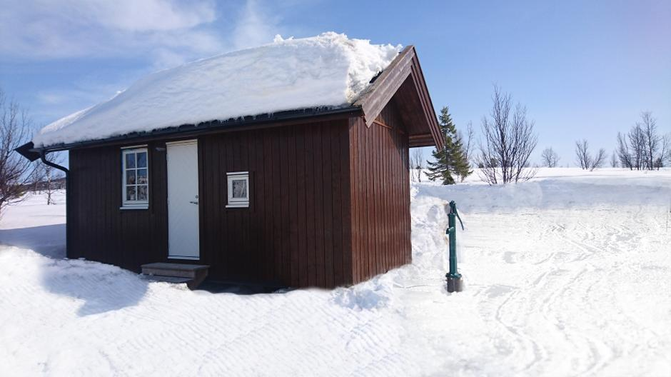 Uthuset ved Vestfjellhytta.