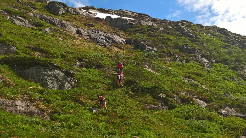 Nedstigning frå Hatlelifjell
