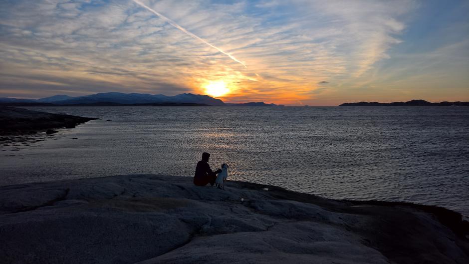 Langs fjæra fra Alstahaug til Haugneset er det store muligheter for å møte på sjøuhyrer.
