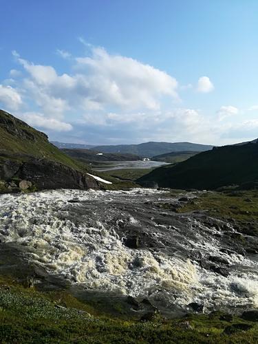 Endring i vannføring fra breen skaper problemer for adkomst til Gråfjellhytta