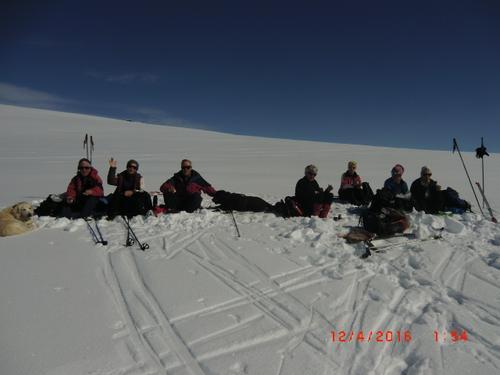12. april hadde Seniorgruppa skitur til Store Nuten