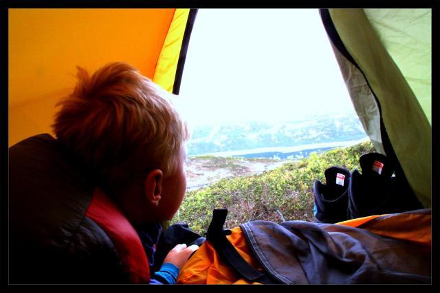 Ta de små turene først og bo i telt med oss på Sæteren Gård natt til Kom deg ut-dagen