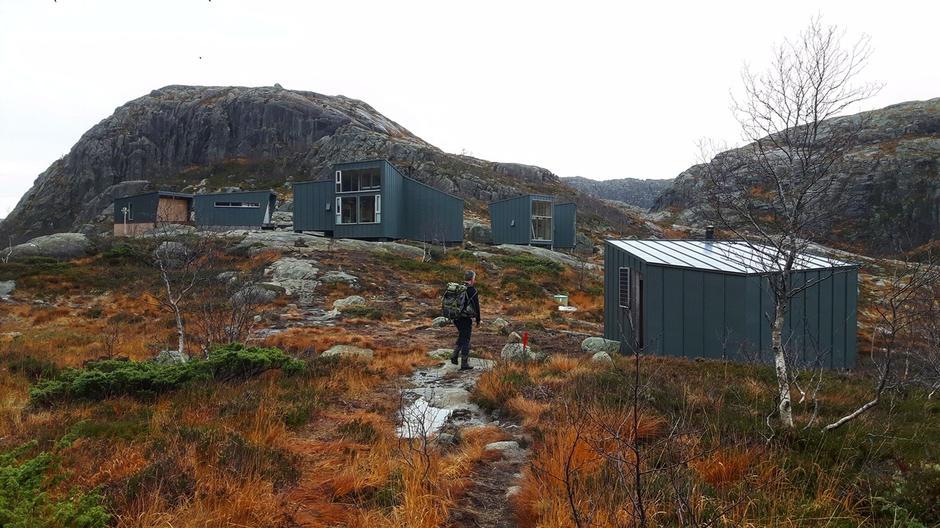 Generelt vått i terrenget men flott på tur inn til Skåpet.